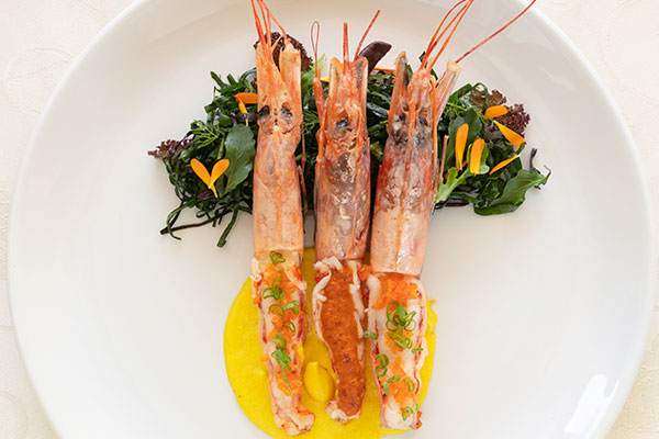 The Rasmus Ramonas Bespoke Restaurant Prawn 2 600x400